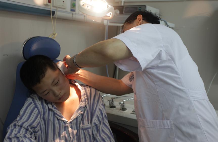 治疗中耳炎好的方法