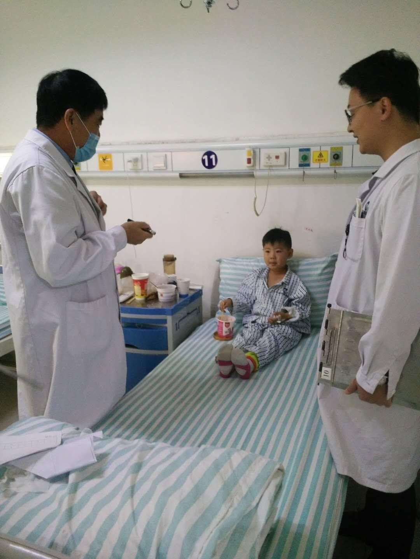 小孩扁桃体炎动手术危险吗